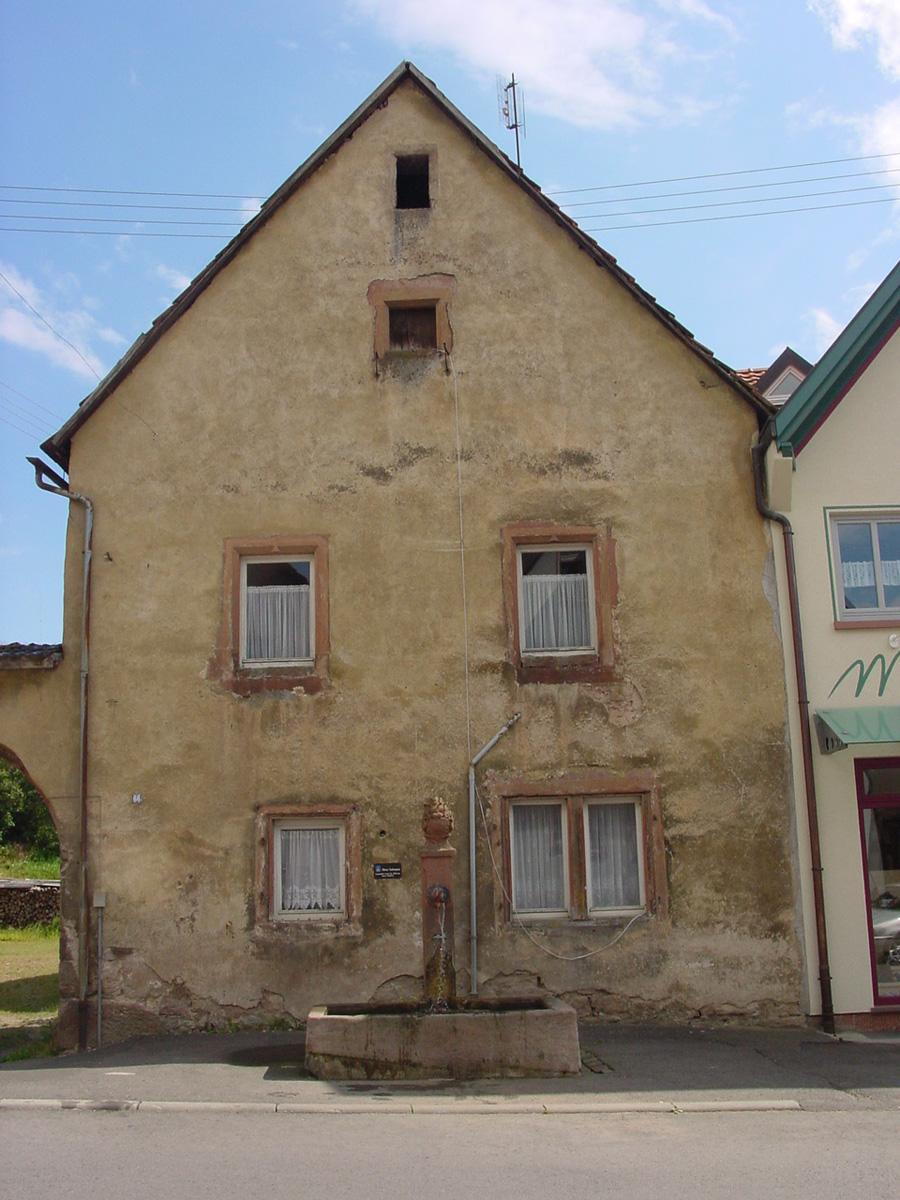 Templerhaus Vor Der Sanierung Im Mai 2005